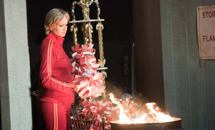 Glee: Watch Season 6 Episode 10 Online