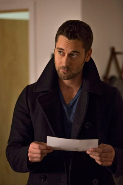 Tom Goes Undercover - The Blacklist: Redemption