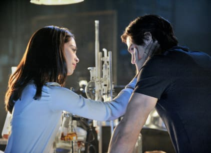 Watch Beauty and the Beast Season 1 Episode 1 Online