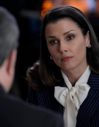 Wining and Dining - Blue Bloods Season 9 Episode 20
