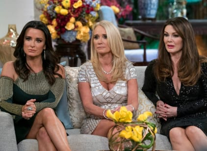 Watch The Real Housewives of Beverly Hills Season 7 Episode 21 Online
