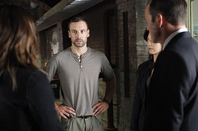 Lance hunter meets with coulson on on agents of shield season 2