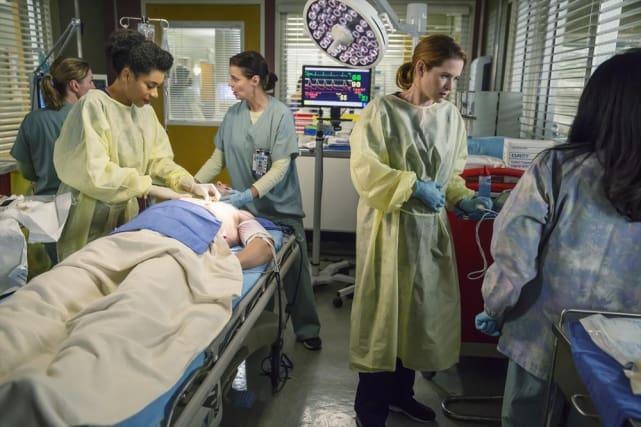 Back to Work - Grey's Anatomy Season 11 Episode 9