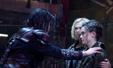 Madi Meets Her Hero - The 100 Season 5 Episode 6