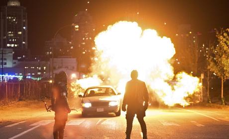 Light a Fire Under Their Feet - Arrow Season 4 Episode 3