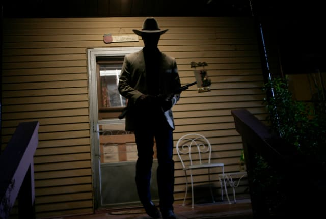 Watch Justified Season 1 Episode 2 Online - TV Fanatic