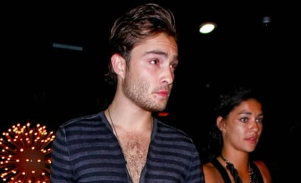 Spotted in Chicago: Ed Westwick and Jessica Szohr