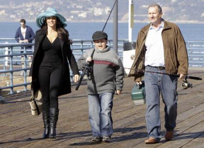 Watch Modern Family Season 1 Episode 16 Online