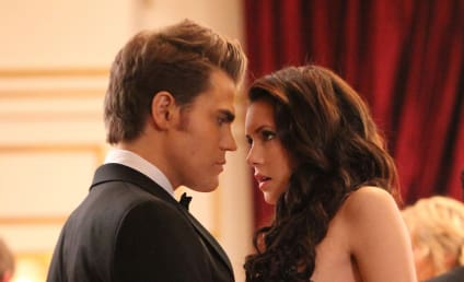 Julie Plec Teases Tonight's New Vampire Diaries Episode, Elena and Elijah?!?!?