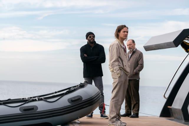 All Aboard! - Fear the Walking Dead Season 2 Episode 1