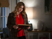Alison's On The Hunt - PLL: The Perfectionists