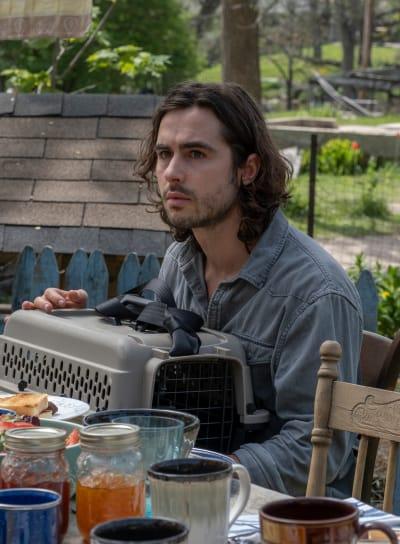 Yorick's Breakfast - Y: The Last Man Season 1 Episode 7