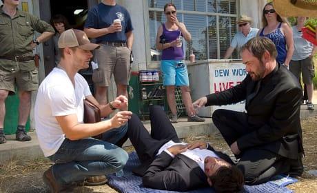 Jensen at Work - Supernatural Season 10 Episode 3