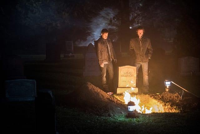 Sam and Dean burn the bones - Supernatural Season 12 Episode 3