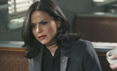 Regina Looks Distraught - Once Upon a Time Season 4 Episode 13