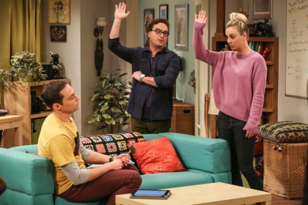 Tenant's Association Elections - The Big Bang Theory