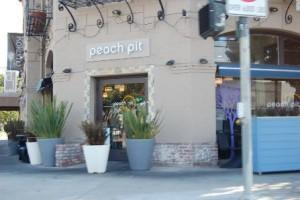 90210 Spoilers: The New Peach Pit! 1