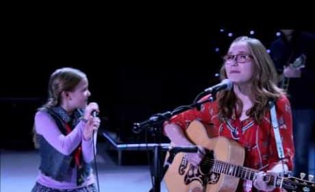 Lennon & Maisy Stella - Ho Hey