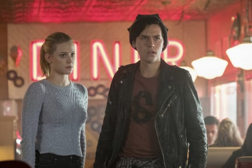 Why Is Jughead Upset? - Riverdale Season 2 Episode 8