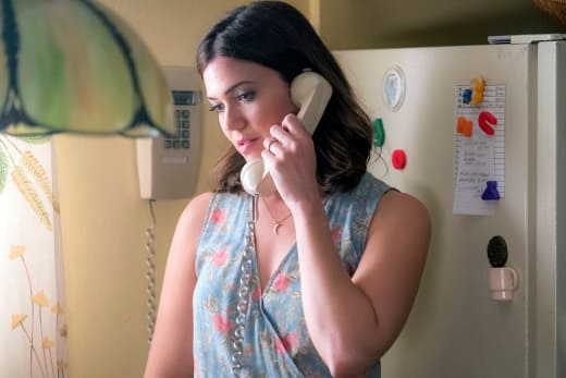 Rebecca Gets a Terrible Call  - This Is Us Season 2 Episode 5