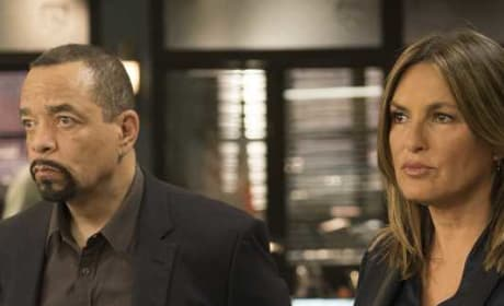 Trying to Figure It Out (Tall) - Law & Order: SVU Season 20 Episode 6