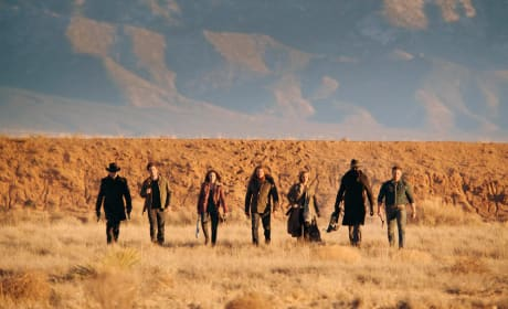 The Team Arrives to Fight - Midnight, Texas Season 1 Episode 10