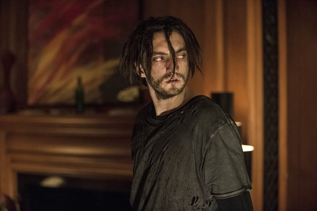 Bedraggled murphy the 100 season 3 episode 1