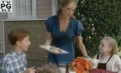 It's Thanksgiving on Wisteria Lane!