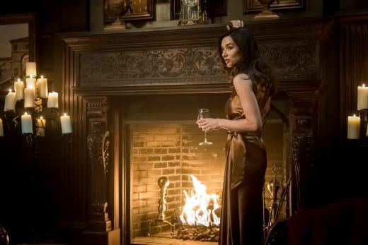 Sofia Tells a Story - Gotham Season 4 Episode 4