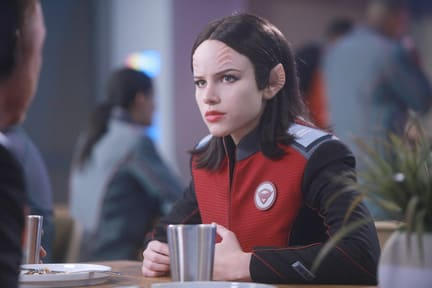 Alara Needs a Drink - The Orville Season 1 Episode 2