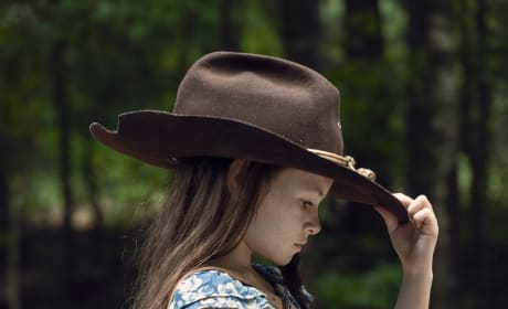 A New Sheriff In Town - The Walking Dead Season 9 Episode 9