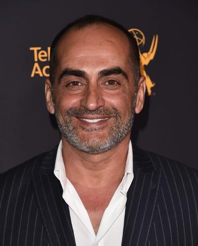 Navid Negahbanis