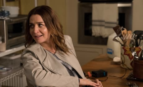 Brace Yourself - Grey's Anatomy Season 15 Episode 1
