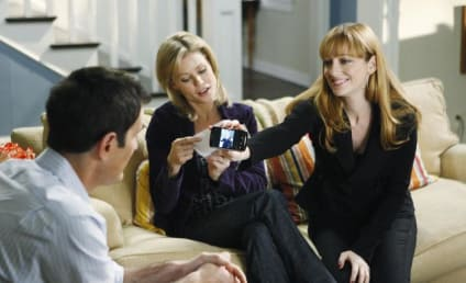 First Look: Judy Greer on Modern Family