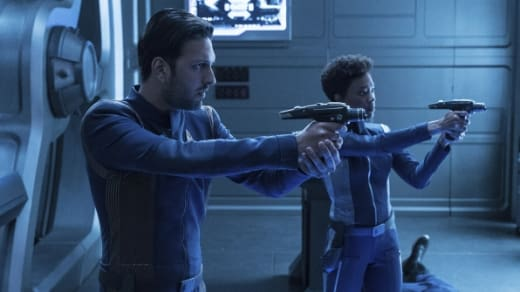 Tyler and Burnham - Star Trek: Discovery Season 1 Episode 7