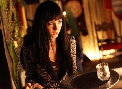 Watch Lost Girl Season 3 Episode 12 Online
