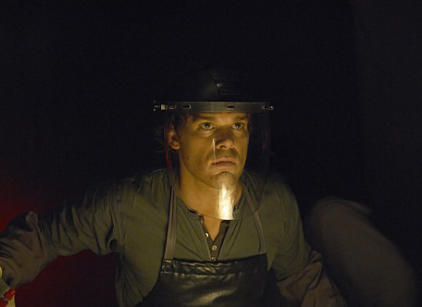 Watch Dexter Season 4 Episode 12 Online