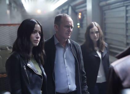 Watch Agents of S.H.I.E.L.D. Season 5 Episode 1 Online