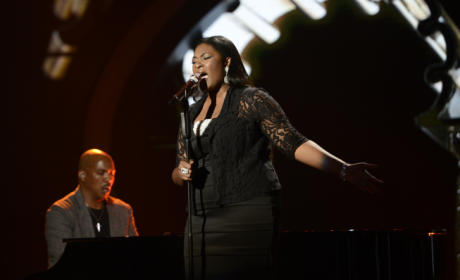 Candice Glover Performance Pic