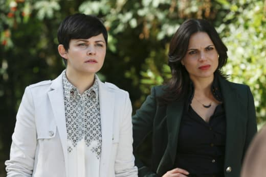 Snow and Regina - Once Upon a Time Season 5 Episode 2