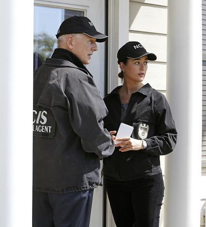 Gibbs and Ziva on the Case