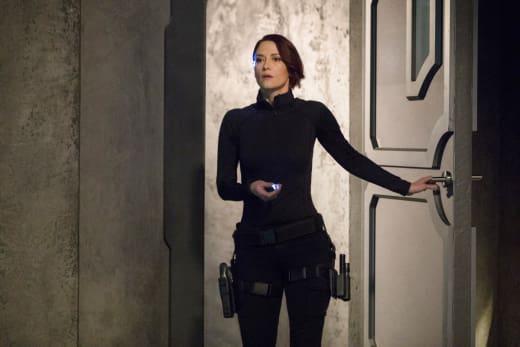 Alex Helps - Supergirl Season 3 Episode 15