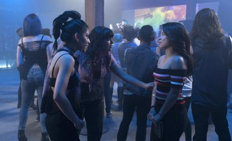 Girl Time  - The Fosters Season 5 Episode 5
