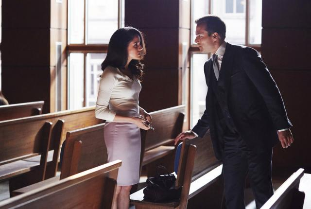 Watch Suits Season 5 Episode 15 Online - TV Fanatic