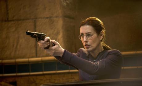Janie's Got a Gun - Emerald City Season 1 Episode 10
