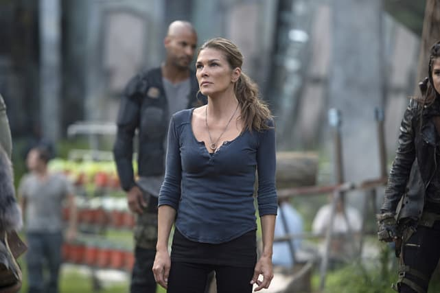 Abby Rules - The 100 Season 3 Episode 1