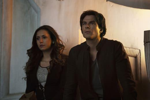 A Decision to Make - The Vampire Diaries Season 6 Episode 20