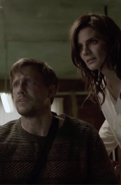 Nick and Emily Work Together - Absentia Season 3 Episode 10