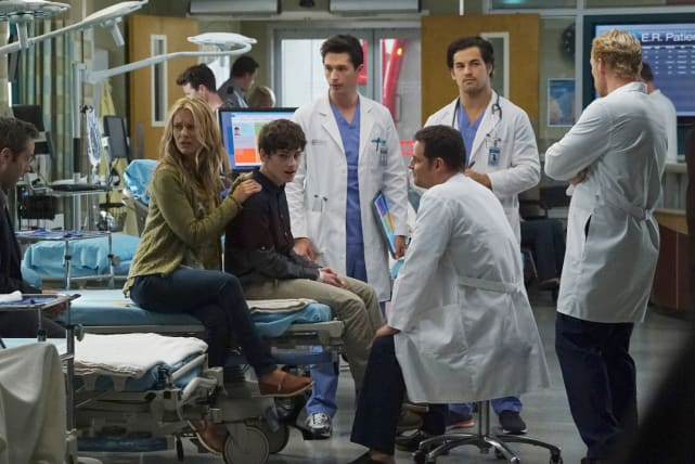 Alex Mentors New Interns - Grey's Anatomy Season 12 Episode 3