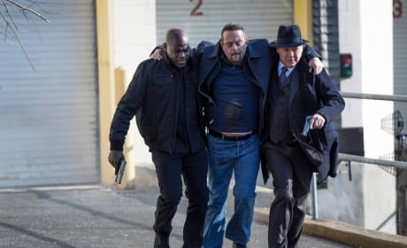 Red Points the Way - The Blacklist
